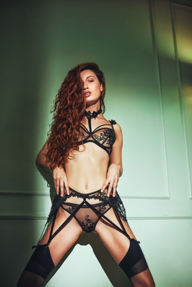 A10-Mademoiselle Nude and Black